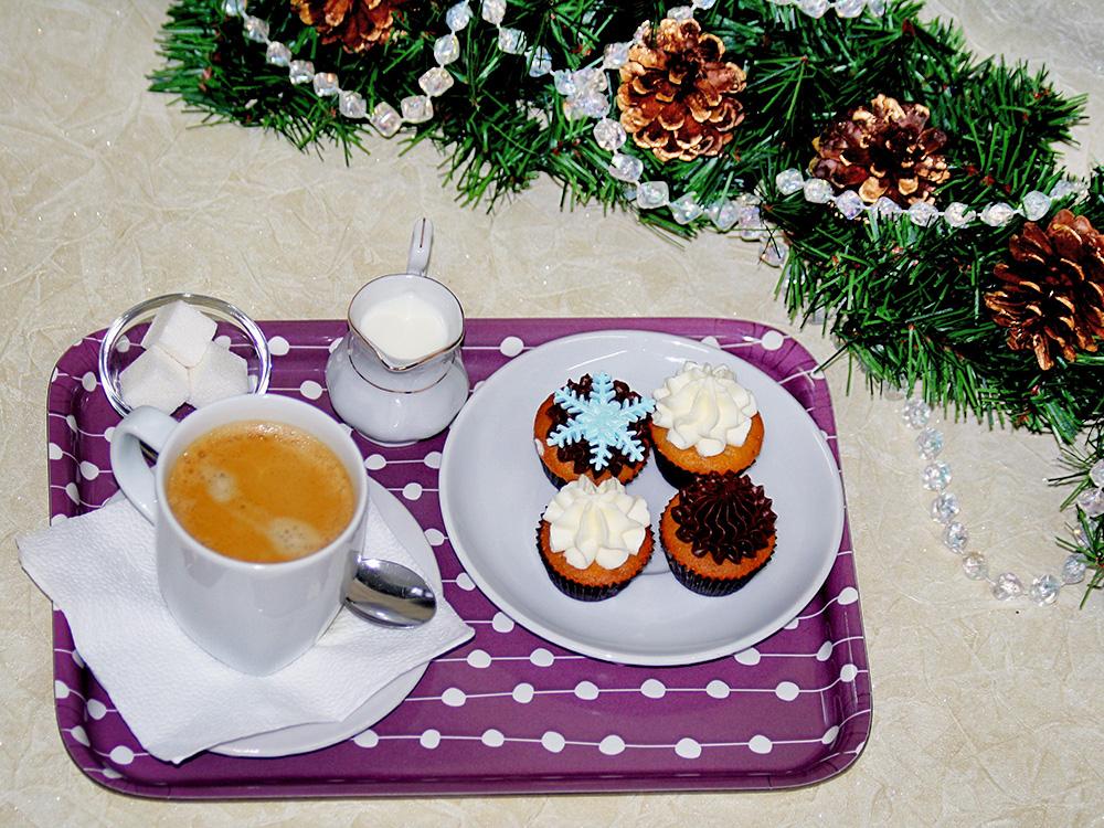 Новогоднее угощение в салоне красоты Анри Матисс